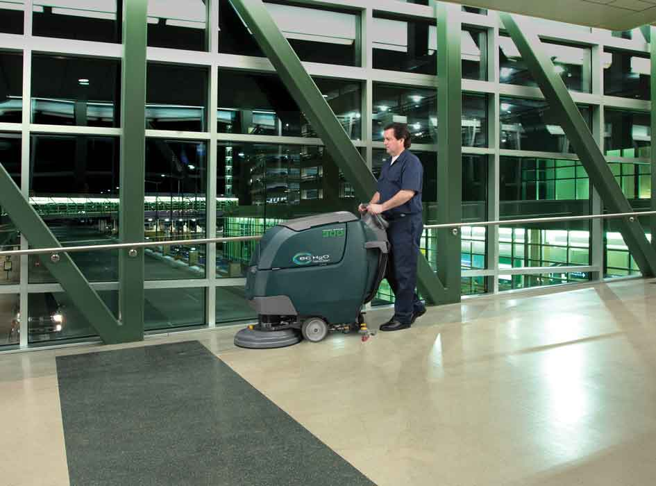 Nobles Speed Scrub 300 airport